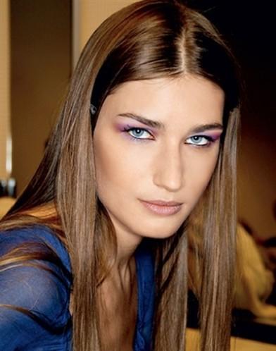 Как найти свой стиль: Евгения Володина - пример жёстких черт лица.